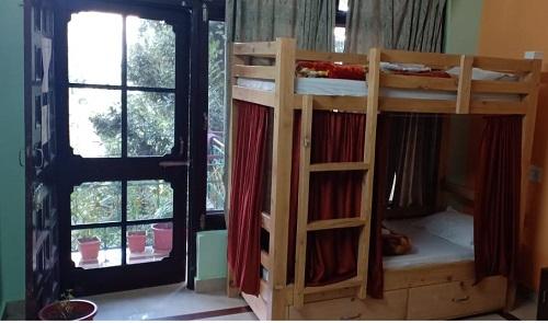 Dormitory room at Chinmay Yoga